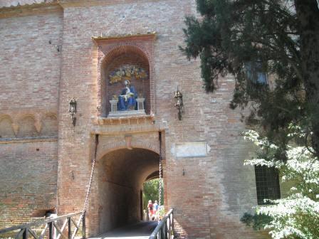 l'abbazia la porta d'accesso