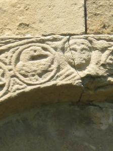 San Pietro a Cedda: particolare dell'abside con il pellicano