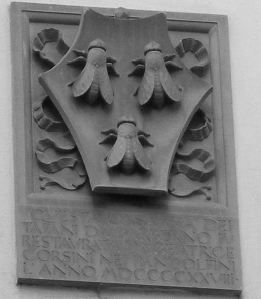 Lo stemma con i tre tafani in Borgo de' Greci