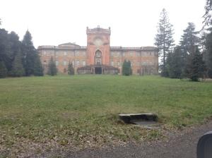 Palazzo Sammezano, la facciata