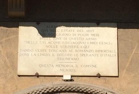 Palazzo Gianfigliazzi Bonaparte L'iscrizione ricorda il soggiorno di Manzoni