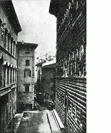 Via Strozzi prima della sistemazione del centro