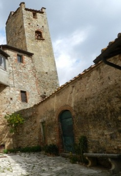 Armaiolo la torre medievale particolare