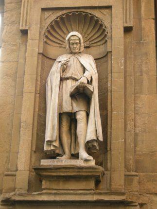 Statua di Giovanni Villani - Firenze, Loggia del Mercato Nuovo