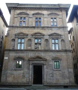 Frenze piazza Santa Trinita, palazzo Bartolini Salimbeni, la facciata