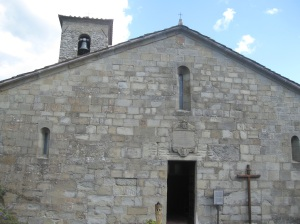Cetica, San Michele Arcangelo, la facciata