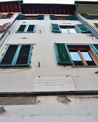 Casa natale di Collodi in via Taddea