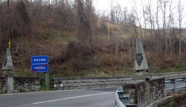 Filigare i cippi segnalano l'antico e l'attuale confine tra Toscana e Emilia