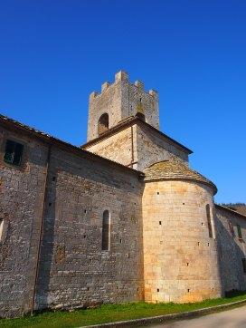 Badia a Coltibuono particolare dell'abside della chiesa di San Lorenzo