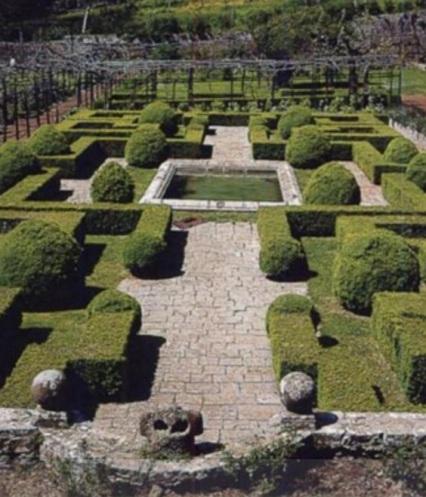 Il giardino all'italiana della badia a Coltibuono