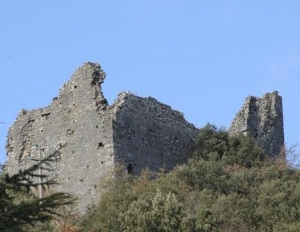 I ruderi del castelo di Montegrossoli