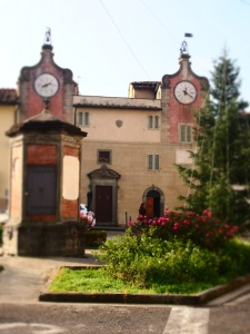 Montespertoli piazza Machiavelli