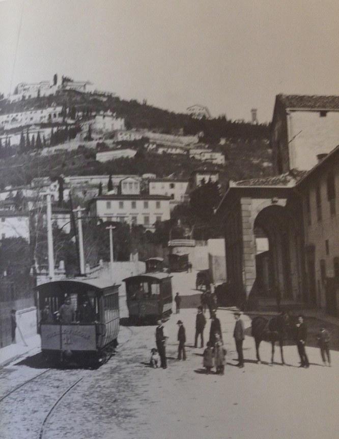 San Domenico - La prima tramvia elettrica (1890) partiva da Piazza San Marco e arrivava a Fiesole