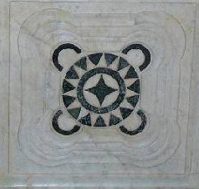 San Pietro in Mercato, particolare di una formella del fonte battesimale