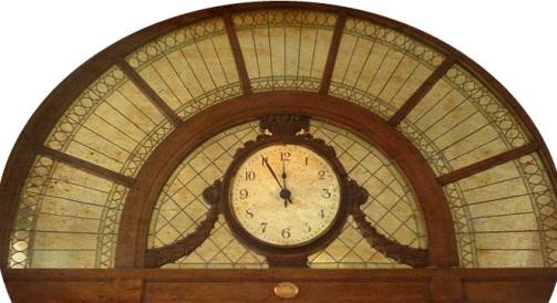 Caffè Gilli la vetrata liberty con l'orologio