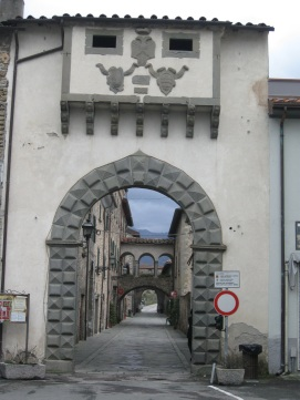 Filetto, Porta di accesso al borgo