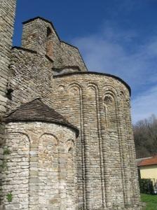 Pieve di Santo Stefano a Sorano particolare delle absidi
