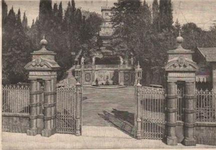 Firenze villa Fabbricotti l'ingresso