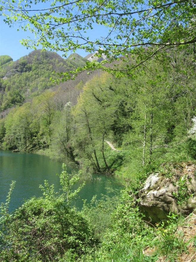 Isola Santa, il lago particolare
