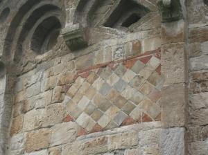 San Piero a Grado un particolare del muro esterno