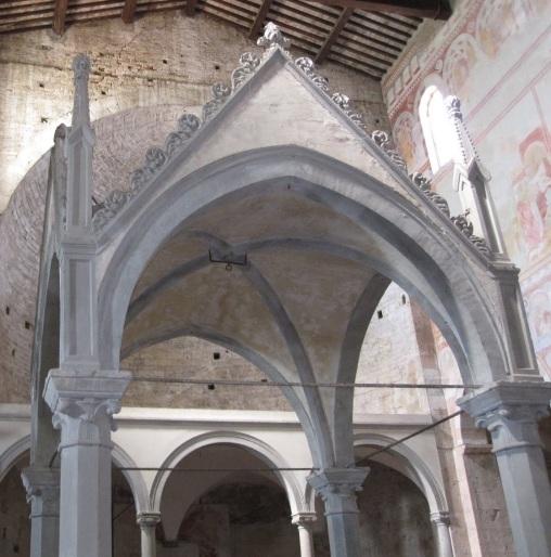 San Piero a Grado il ciborio