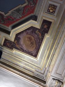 Villa Fabbricotti il soffitto affrescato con il medaglione dedicato a Paolina Bonaparte