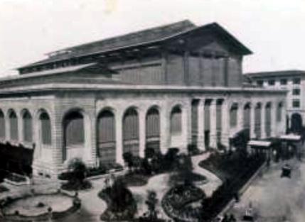 Firenze, il Mercato di San Lorenzo allestito per la mostra internazionale dell'orticoltura