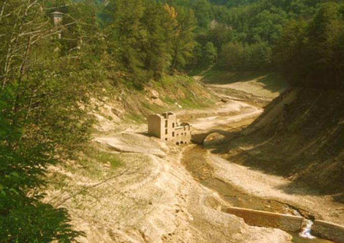 Isola Santa il vecchio mulino e il ponte oggi sommersi
