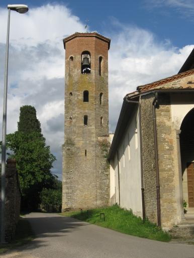 San Govanni Maggiore, il campanile romanico
