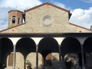 San Giovanni Maggiore, la facciata