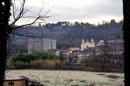 Il borgo e il castello di Pontebosio