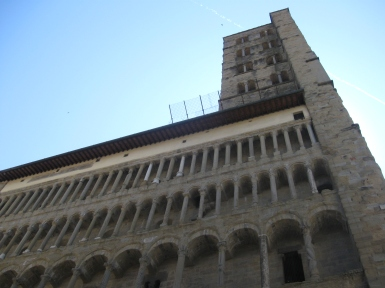 Arezzo Santa Maria della Pieve, la facciata e il campanile