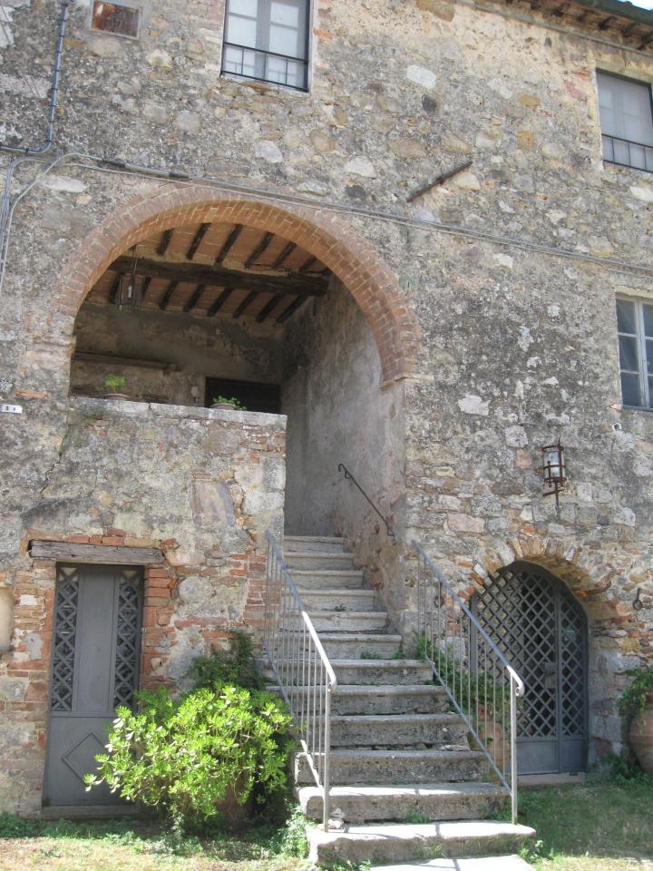 Il castello di Tocchi uno scorcio