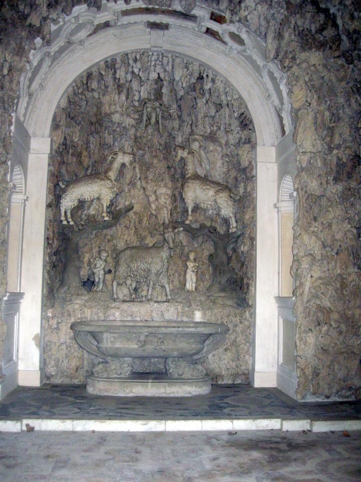 Giardino di Boboli la Grotticina di Madama