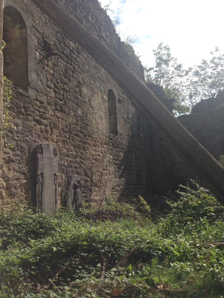 Eremita - ruderi della chiesa di Santa Maria Maddalene