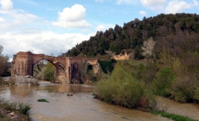 Il ponte a Macereto