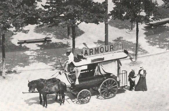 Omnibus della linea piazza Signoria-Ponte Rosso alla fermata di piazza Cavour