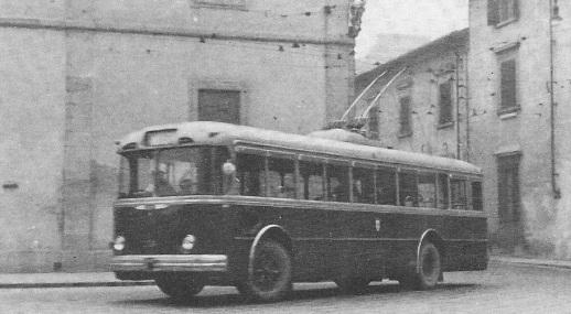 1958 - Filobus in Piazza San Marco diretto a Fiesole
