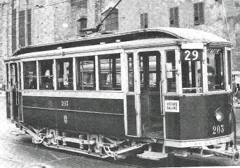 1953 - Tram in Piazza Stazione