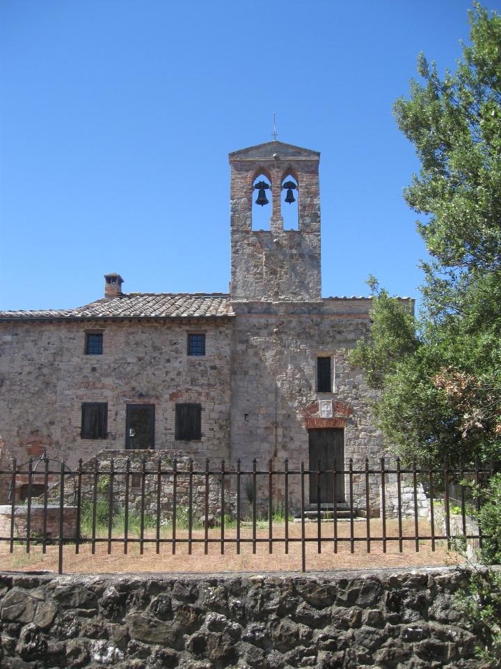 Crevole Santa Cecilia, la facciata