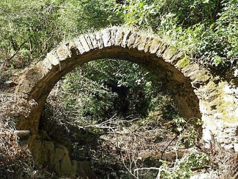 Ponte romano nei pressi di Montorgiali
