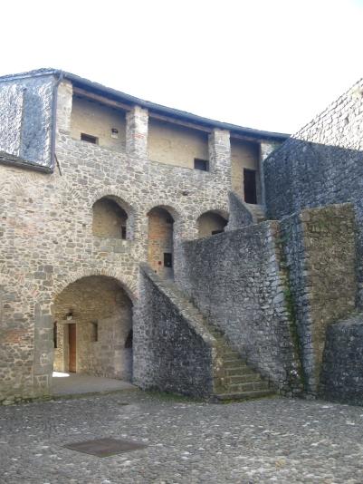 Pontremoli, il castello del Piagnaro, la foresteria per chi volesse soggiornare al castello
